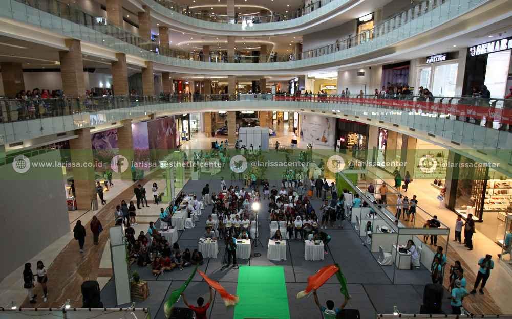 Suasana Atrium Hartono Mall saat Audisi basl 2016