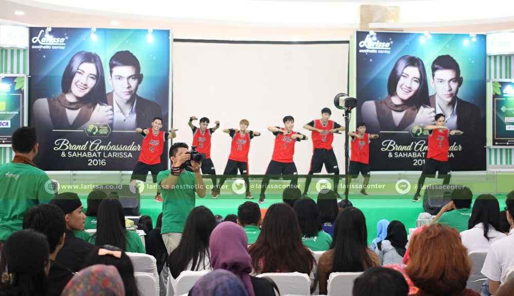 Penampilan Peserta Audisi KPOP Coverdance COmpetition 2016