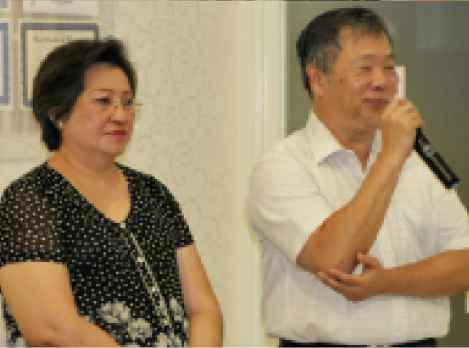Ibu R.Ngt.Poedji Lirnawati bersama Bapak Herry Widiyanto Hadinata, Owner Larissa Aesthetic CenterGambar 1