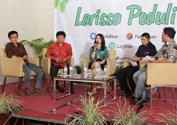 Launching Larissa Peduli pada tanggal 20 November 2014Gambar 1